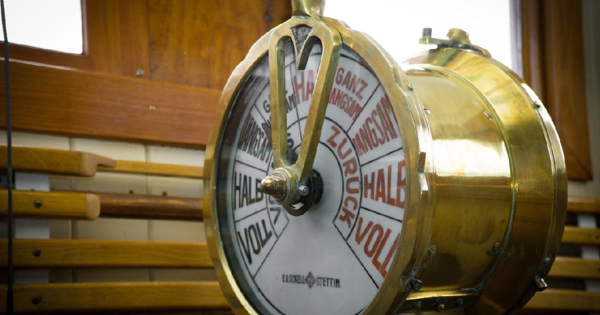 telégrafo del motor motor de un buque
